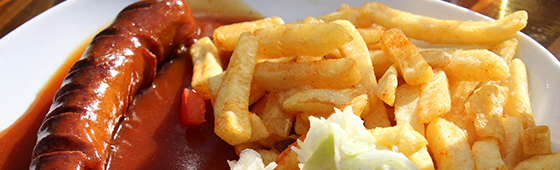 Pommes_Currywurst